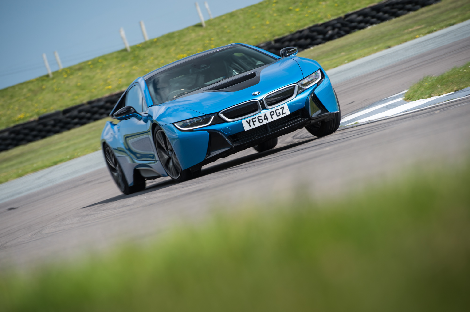 0 60 Times Bmw >> Bmw I8 Performance And 0 60 Times Evo