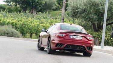 Maserati GranTurismo - rear cornering