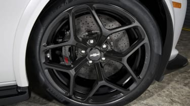 2014 Chevrolet Camaro Z28 alloy wheels