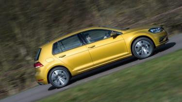 Volkswagen Golf side