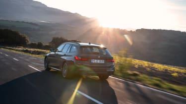 BMW 3-series Touring 2019 - rerar