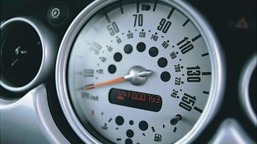 Mini Cooper R50 - speedo