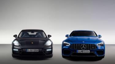 Mercedes-AMG GT63 S vs Porsche Panamera Turbo - side bu side