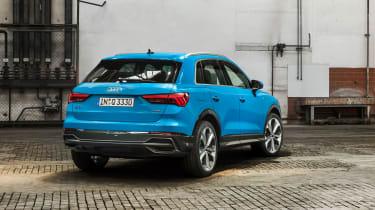 Audi Q3 2018 - rear quarter