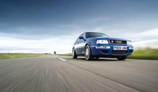 Audi RS2 - front driving