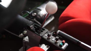Ferrari F40 LM - shifter