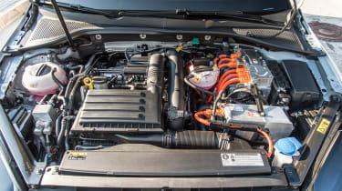 VW Golf GTE – engine