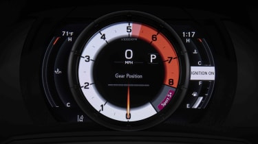 Lexus IS500 F Sport - dials
