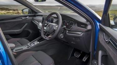 Skoda Octavia vRS iV review - interior