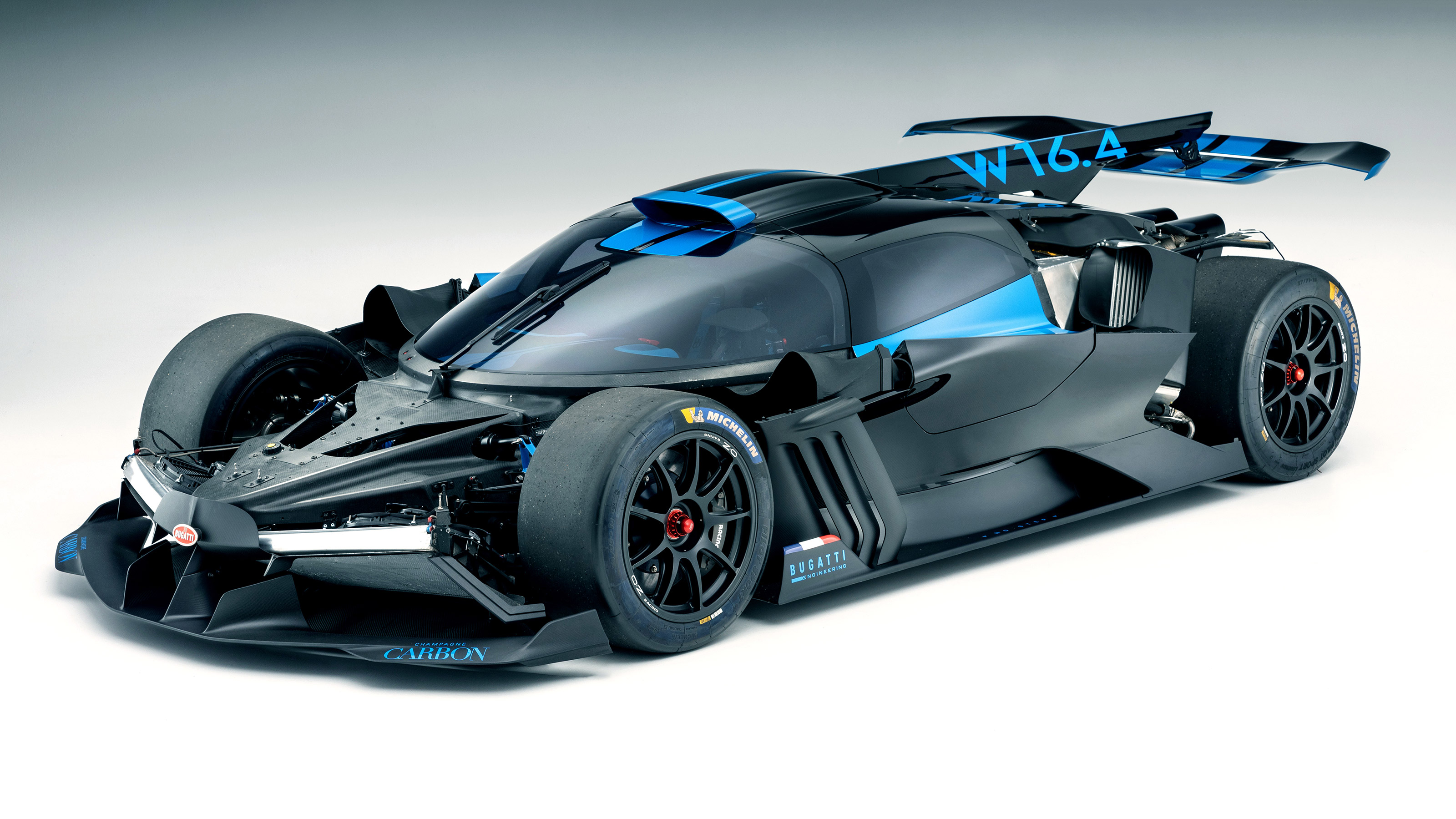 Bugatti Bolide To Feature 3d Printing Technology Helping Achieve Its 1472bhp Tonne Evo