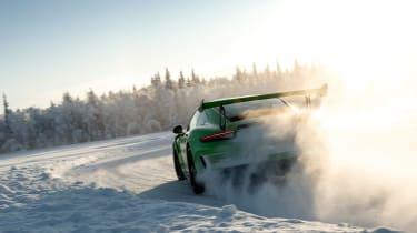 Porsche 911 GT3 RS snow - rear action