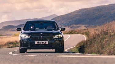BMW 7-series review - 750i nose