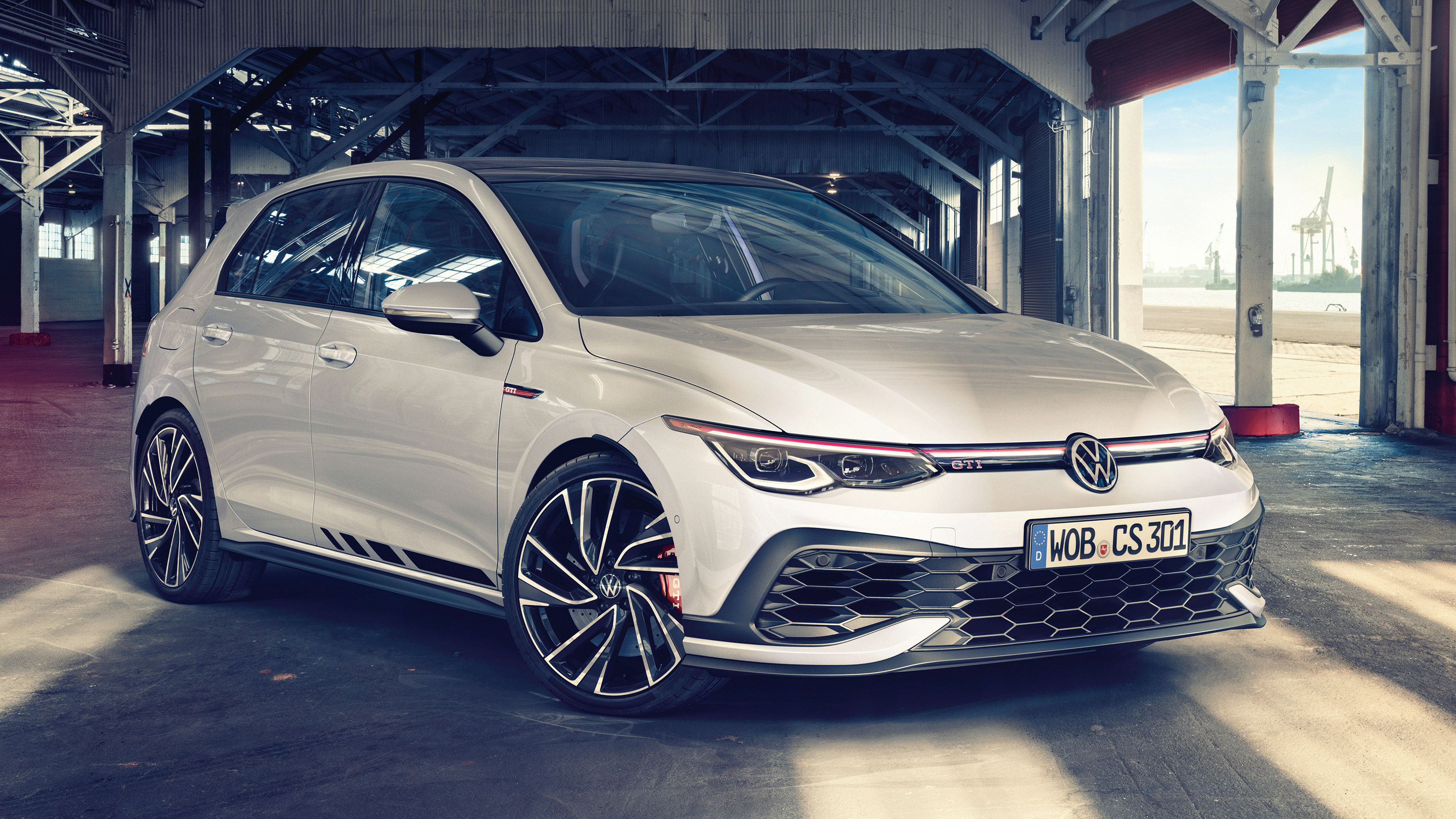 New Volkswagen Golf Gti Clubsport Priced From 37 215 In The Uk Evo