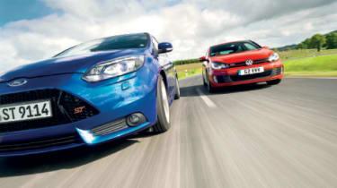 Focus St Vs Gti >> Vw Golf Gti Vs Ford Focus St Twin Test Evo