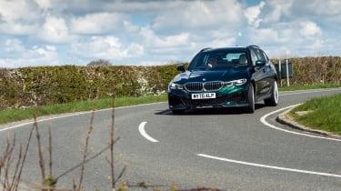 Alpina D3 S Touring – cornering