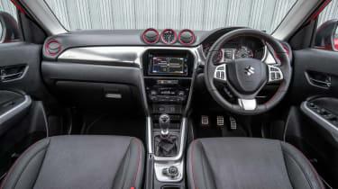 Suzuki Vitara - interior