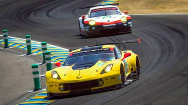 Le Mans 2017 - Corvette Porsche Curves