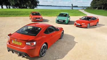 Toyota GT86 vs Renault Clio 200 Cup, Honda Integra Type-R, BMW M3 E30