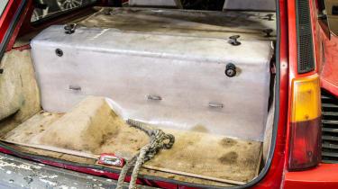 Renault 5 Turbo 2 Evolution Type 8221 – engine mounted