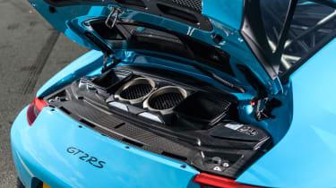 Road-legal supercars – Porsche 911 GT2 RS
