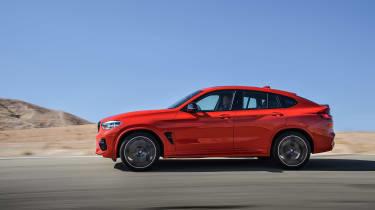 BMW X4 M - side