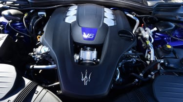 Maserati Ghibli S – V6 engine