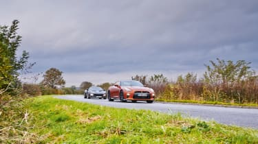 Nissan GT-R vs Lotus Evora Sport 410 - header