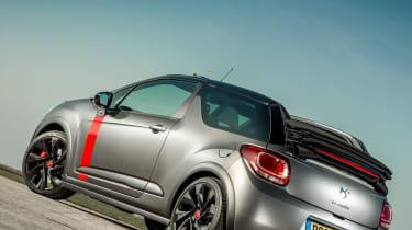Citroen DS3 Cabrio Racing roof open