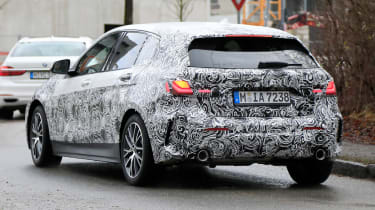 BMW 1-series 2019 - rear