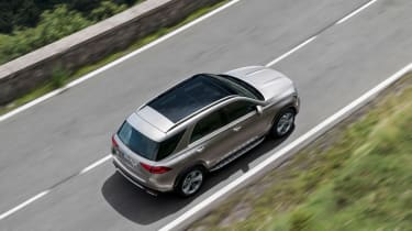 new Mercedes-Benz GLE - roof