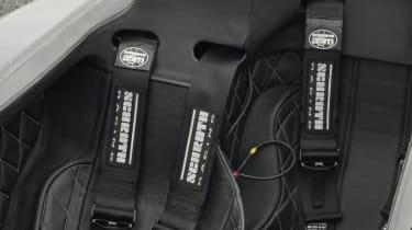 Caparo T1 seat belts