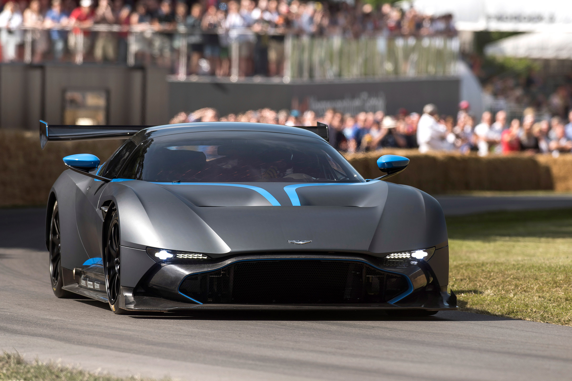 Aston Martin Vulcan Review Track Only Aston Reviewed At Blyton Park Evo