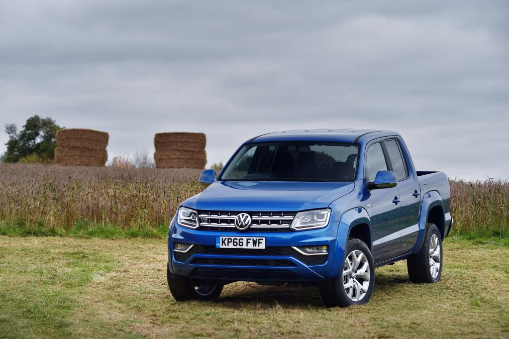 Volkswagen Amarok review - prices, specs and 0-60 time | | Evo