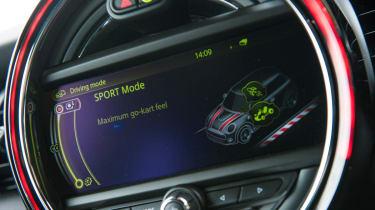 Mini Cooper S dashboard light display