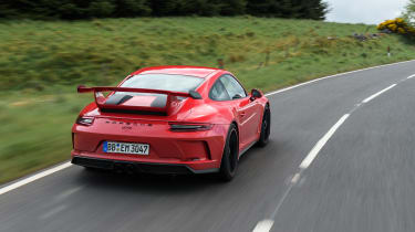 Porsche 911 GT3 manual - rear tracking