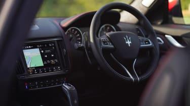Maserati Levante Trofeo – interior