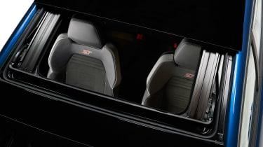 2017 Ford Fiesta ST - seats