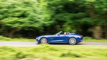 Mercedes-AMG GT Roadster - 2021 side