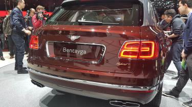 Bentley Bentayga PHEV – rear