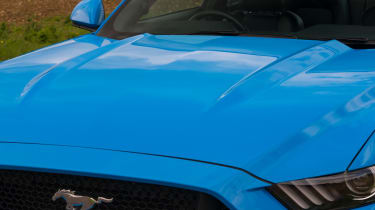 Ford Mustang GT - Bonnet