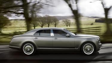 Bentley Mulsanne panning