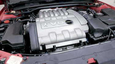 Peugeot 406 Coupe – engine