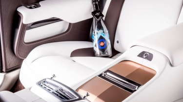 Rolls-Royce Wraith Inspired by Music - interior