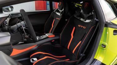 Lamborghini Huracan STO (International) – seats