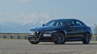 Alfa Romeo Giulia - front static 2