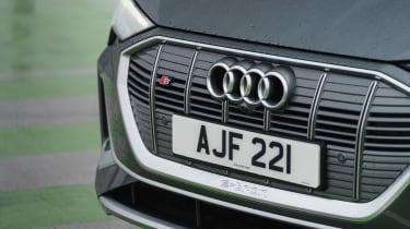 Audi e-tron S Sportback - grille