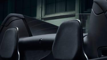 McLaren 600LT Spider headrests