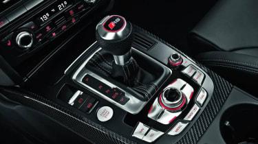 2012 Audi RS4 Avant gearstick