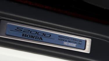 Honda S2000 badge