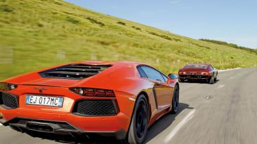 Lamborghini Aventador vs Miura SVJ